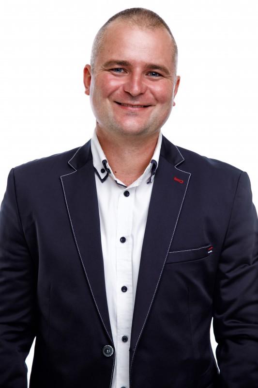| Vörös László - képviselő